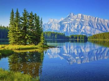 Voyage Entre Nous Canadascope